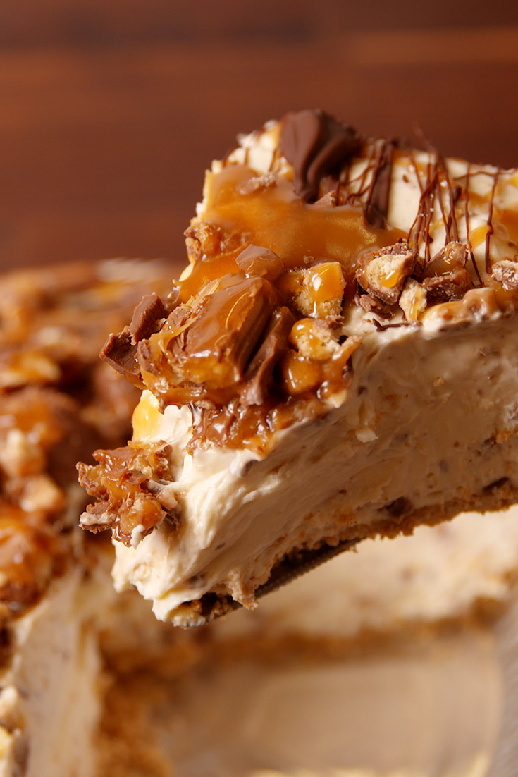 20 Easy Desserts Inspired By Candy Bars Delish Com