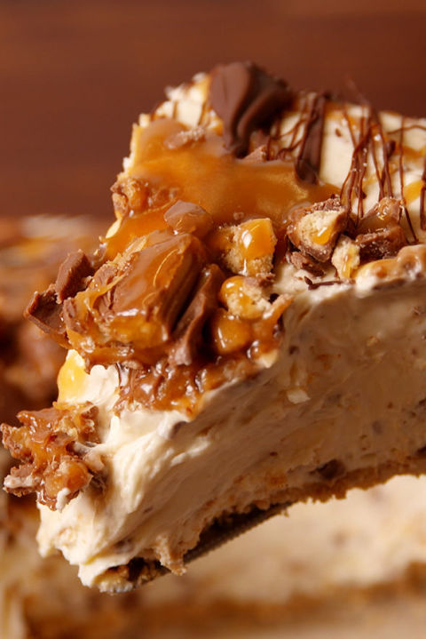 This cheesecake is a real crowd pleaser. Get the recipe fromDelish.