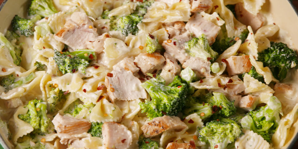 Chicken Broccoli Pasta Horizontal