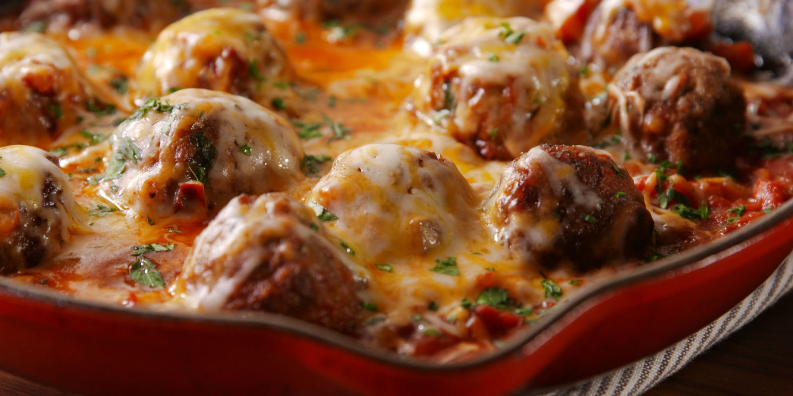 80 Homemade Meatball Recipes How To Make Meatballs Delish Com