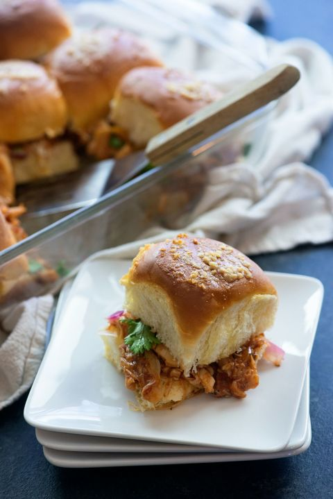 Best Bbq Chicken Pizza Sliders Recipe How To Make Bbq Chicken Pizza Sliders Delish Com