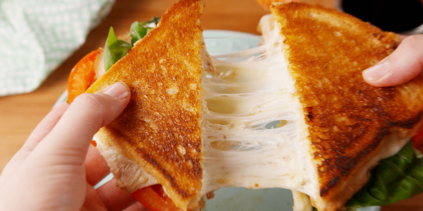 Virgin Mary grilled cheese sold for 28,000 - US news