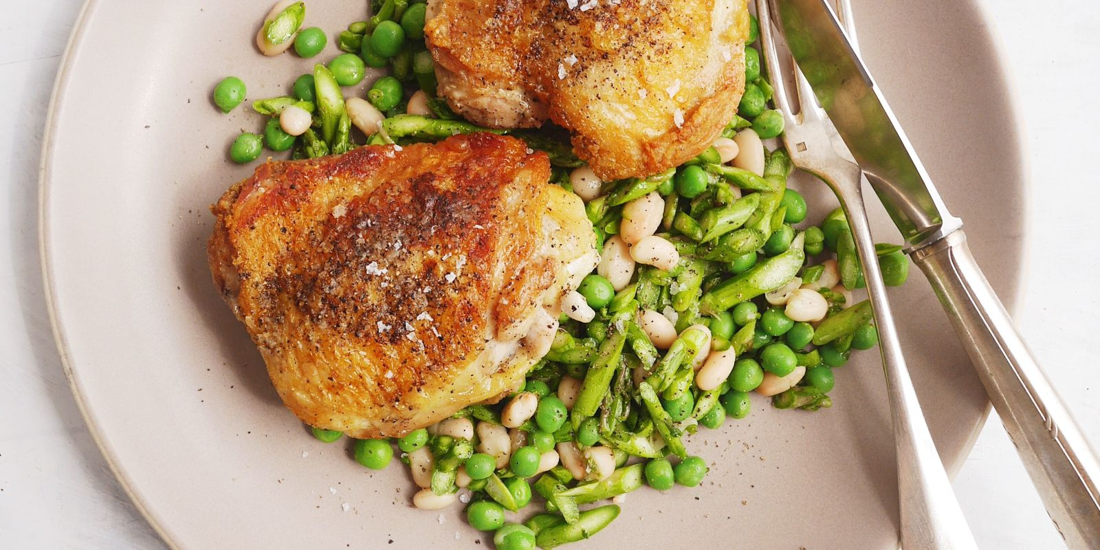 Best Garlicky Chicken Thighs with Asparagus, Pea, and ...