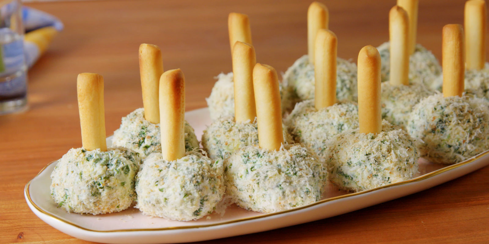 Best Spinach & Artichoke Cheese Ball Bites Recipe - How to ...
