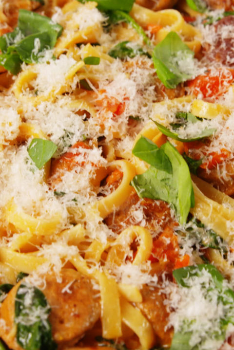 This quick and easy linguine recipe will become a new weeknight favorite. Get the recipe fromDelish.