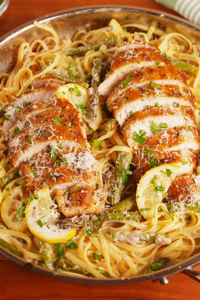 Lemon Asparagus Chicken Pasta