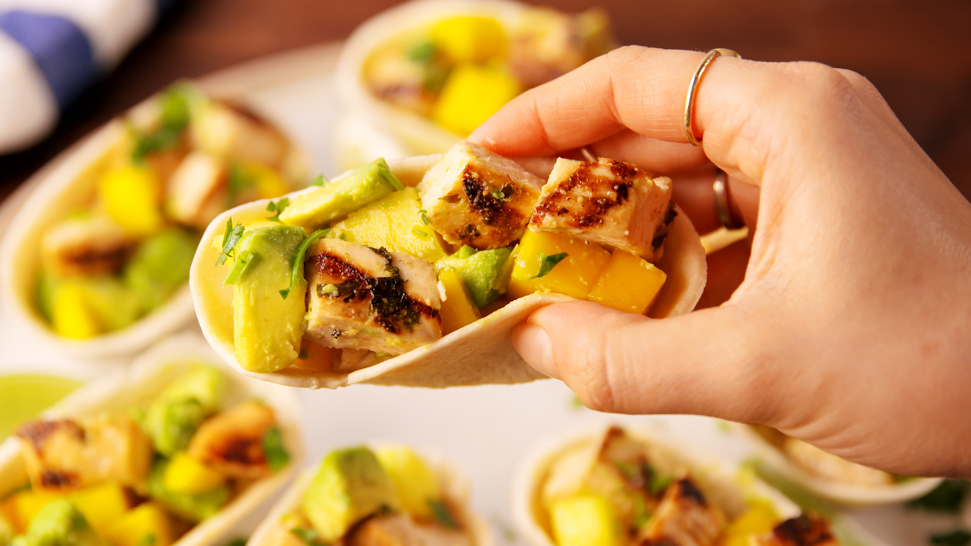 14 Easy Chicken Taco Recipes How To Make Chicken Tacos