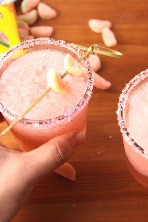 60+ Easy Summer Cocktails - Best Recipes for Summer Alcoholic Drinks - Delish.com
