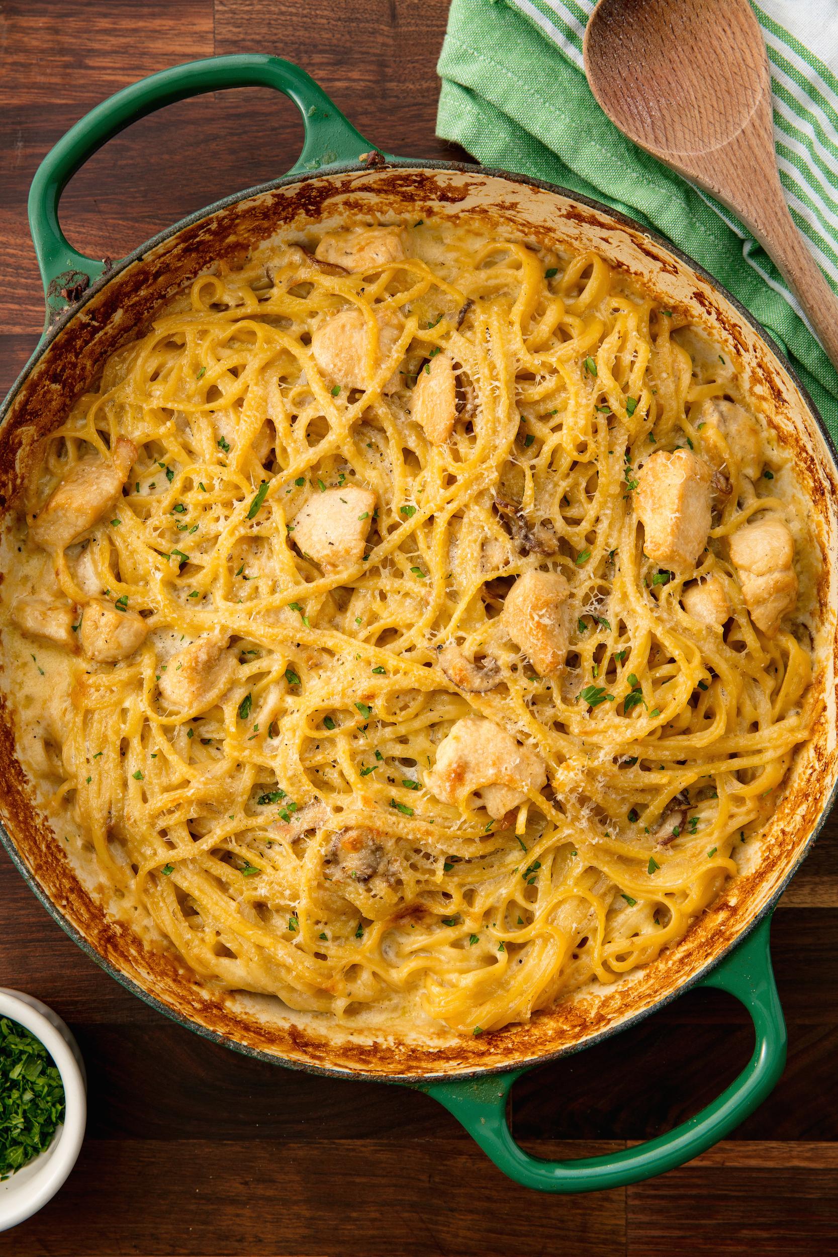 70 Easy Pasta Recipes Pasta Dinner Ideas Delish Com