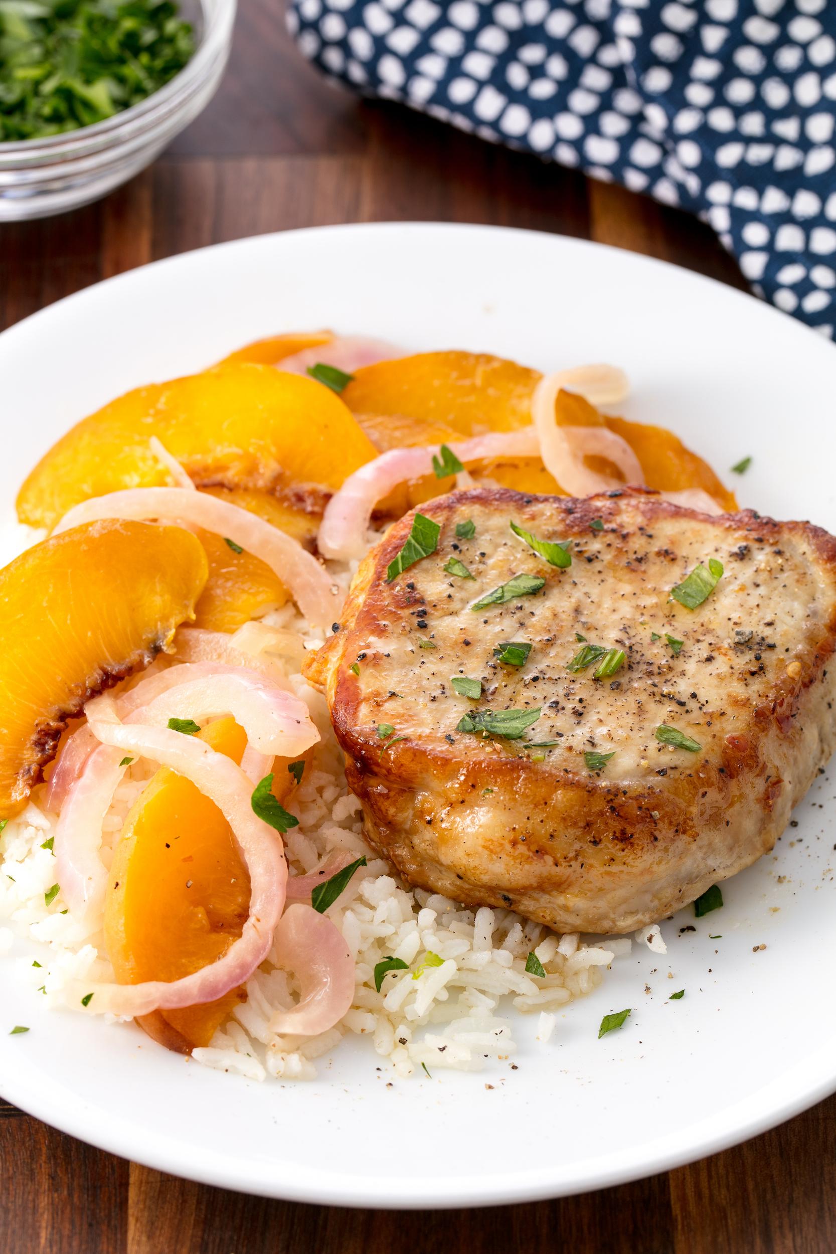 20 Best Pork Chop Recipes How To Cook Pork Chops Delish Com