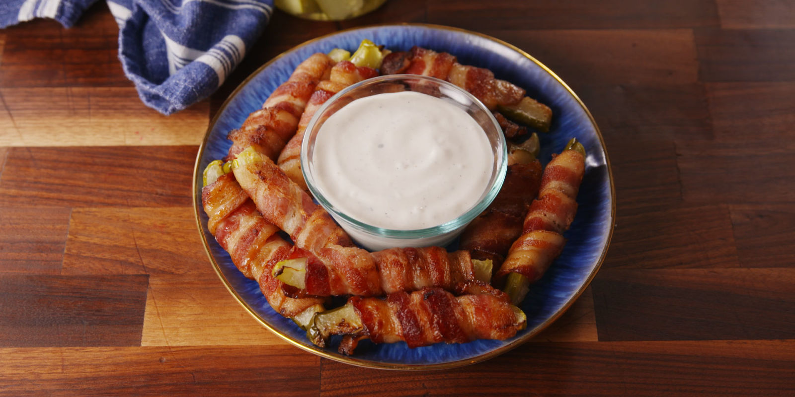 Bacon Pickle Fries Video - How To Make Bacon Pickle Fries ...
