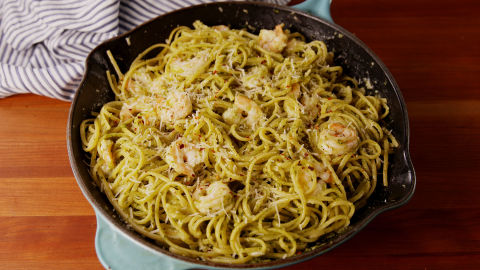 A ridiculously easy dinner. Get the recipe fromDelish.