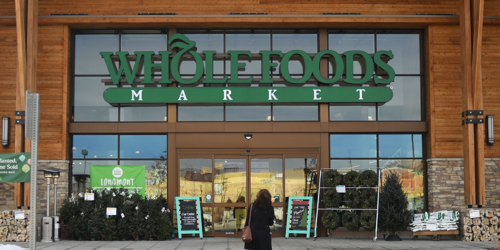 whole foods is opening up a mac amp cheese bar and it sounds