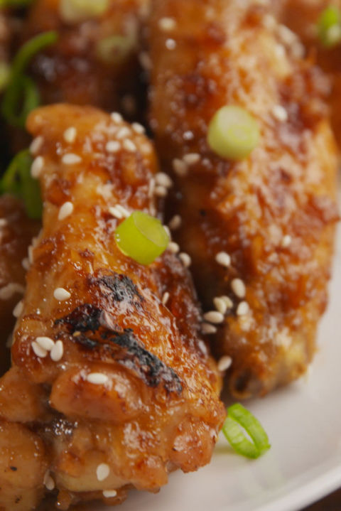 Give your chicken wings a sweet-spicy makeover. Get the recipe fromDelish.