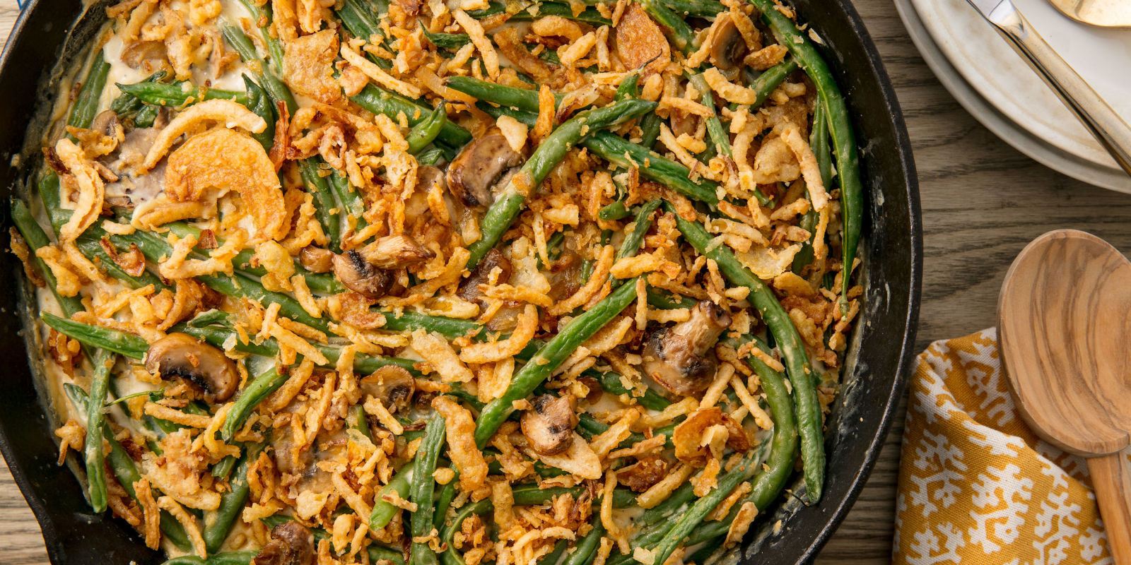 Best homemade green bean casserole recipe how to make for Easy thanksgiving green bean recipes