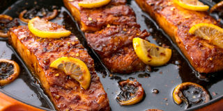 Honey Garlic Glazed Salmon Horizontal