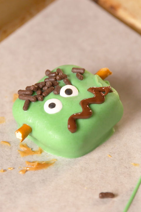These are the cutest monster treats for Halloween! Get the recipe from TheNextTycoon. BUY NOW: Nordic Ware Sheet Pan, $13;.