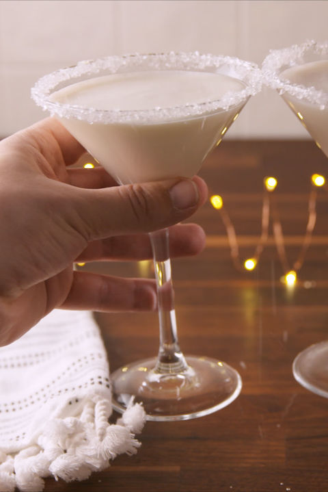 20 Best Winter Cocktails - Easy Recipes for Winter Alcoholic Drinks—Delish.com