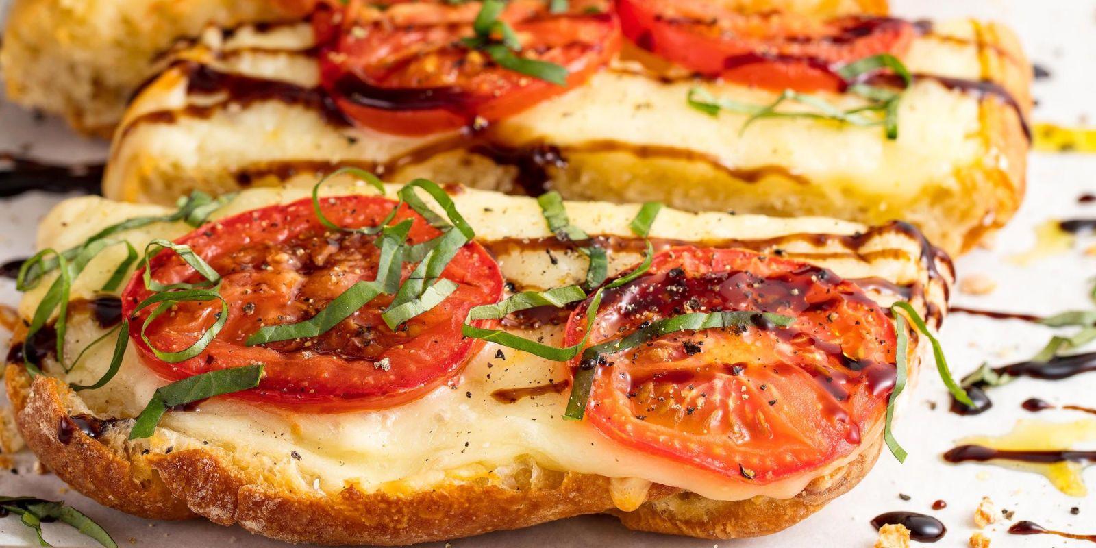 Best Caprese Garlic Bread Recipe How To Make Caprese Garlic Bread Delish Com
