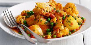 recipe: spinach and cauliflower bhaji [18]