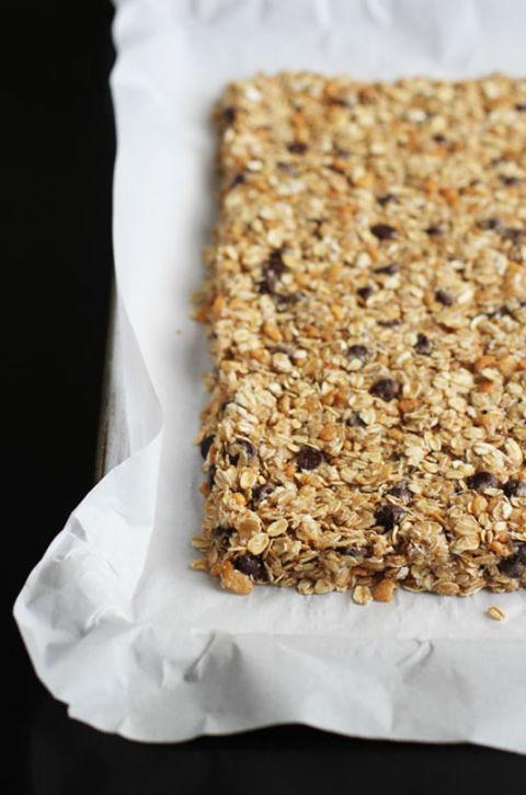 Baking hacks brilliant baking hack ideas for Food bar hands