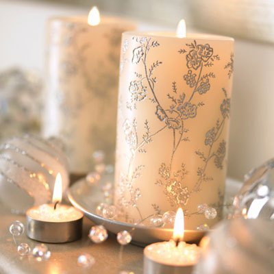 Christmas Candles - Decorating with Christmas Candles and Holders