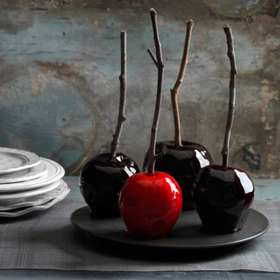 For a seriously spooky — but still easy! — twist on the standard caramel apple recipe, add a few drops of deep red food coloring and spicy cinnamon oil to the basic caramel glaze. Recipe: Decadently Dark Candy Apples