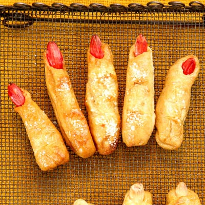 ladies fingers and mens toes - Halloween Scary Desserts