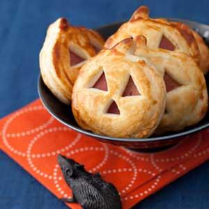 30 halloween dinner ideas for kids recipes for halloween dinner partydelishcom - Halloween Savory Recipes