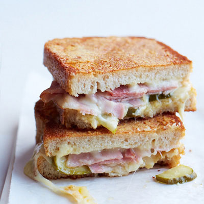 16 Grilled Cheese and Tomato Soup Recipes - Soup and Sandwich Combos