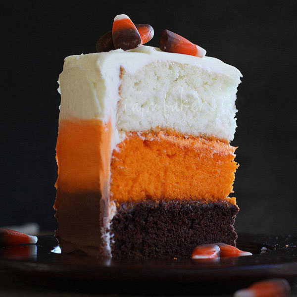 20 easy halloween cakes recipes and ideas for decorating halloween cake delishcom