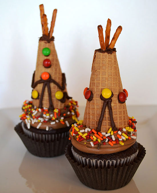 Edible Thanksgiving Crafts Table Decorations Delishcom - Cupcakes for thanksgiving decorating ideas