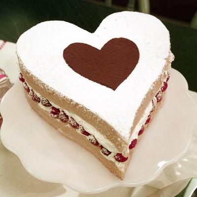 Whipped Cream For Valentine Cake