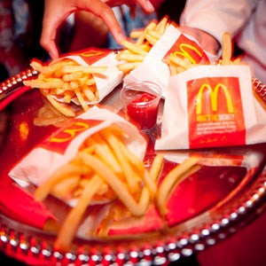 Have A Guilty Pleasure Food This Couple Served Up The Grooms Choice McDonalds