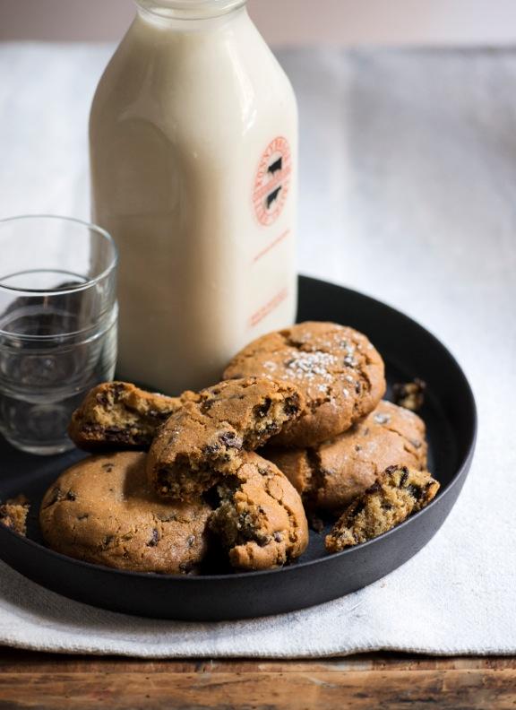 Ten Minute Cookies And Milk Recipe