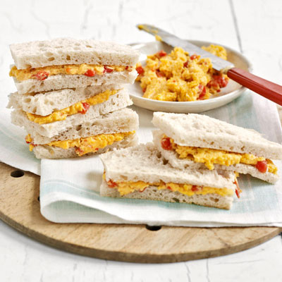 Picnic sandwich recipes ideas for picnic sandwiches for Club sandwich fillings for high tea