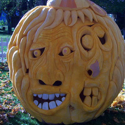 created by pumpkin carver ed moody this pumpkin was 67 inches