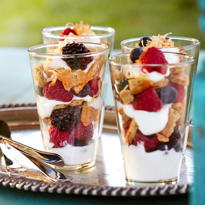 Mixed Summer Berry And Yogurt Parfaits With Toasted