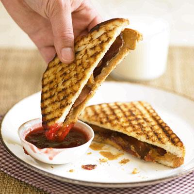 grilled pbj sandwich