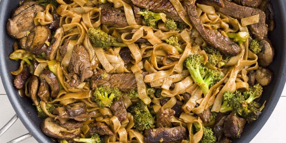 Skinny Beef & Broccoli Noodles