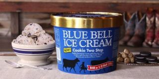 wedding cake blue bell ice cream blue bell introduces new wedding cake inspired 22027