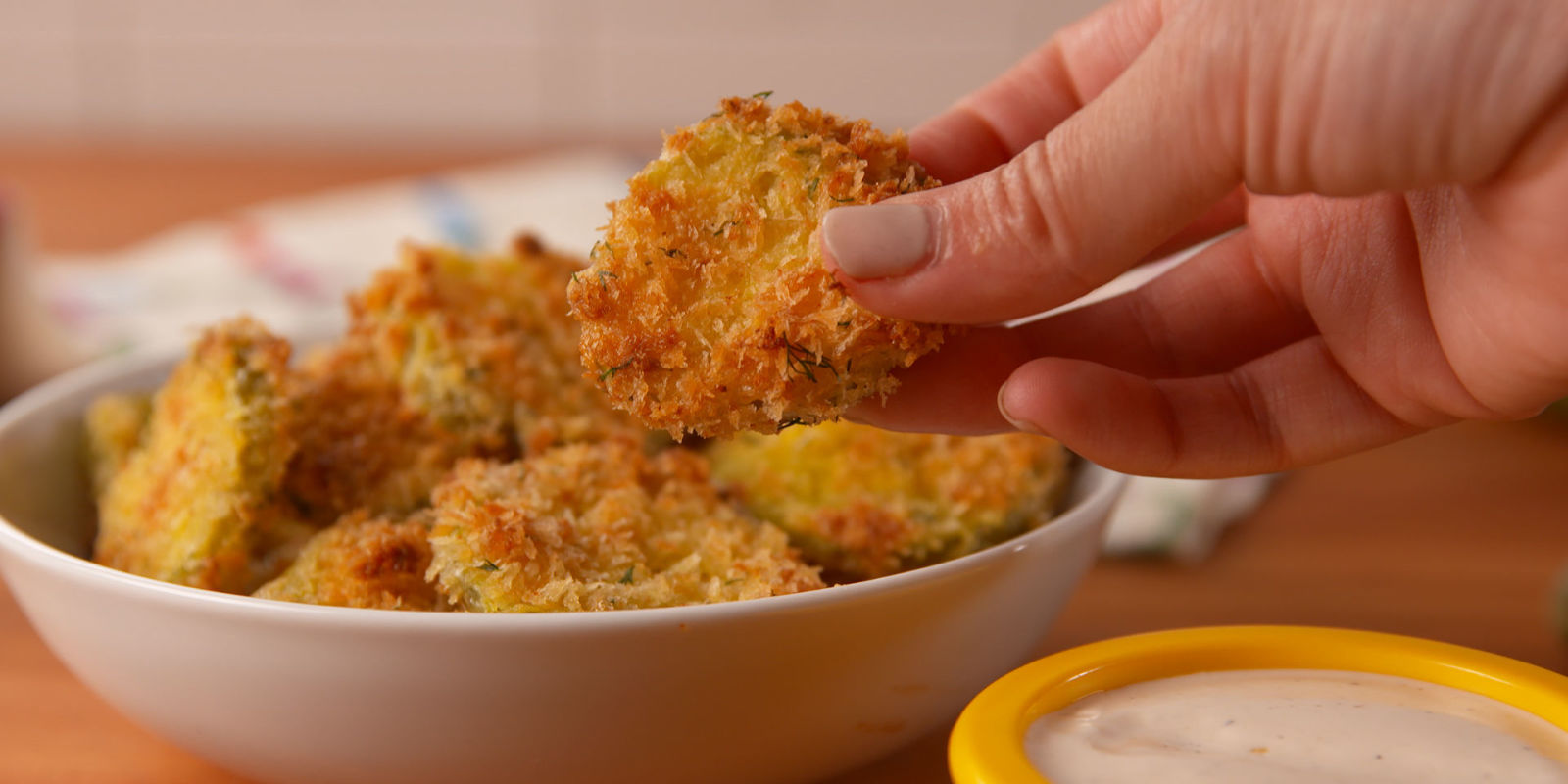 Best Oven Fried Pickles - How to Make Oven Fried Pickles