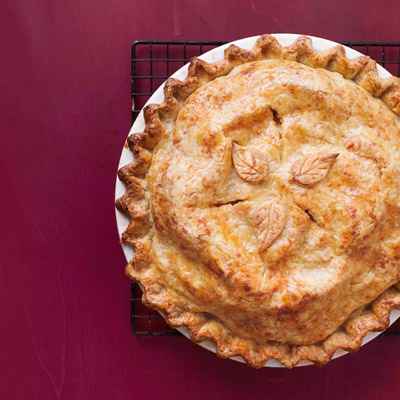 Can't get enough of those salty/sweet combos. Recipe: Cheddar-Crusted Apple Pie